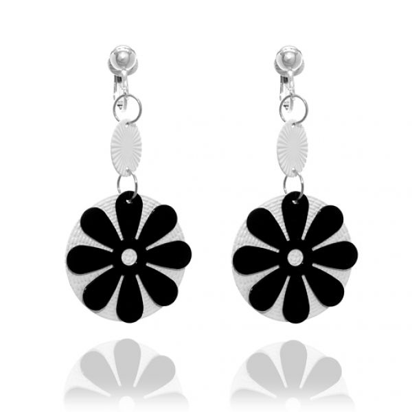 black and white clip art flowers. Clip art picture of black and white flower 151641