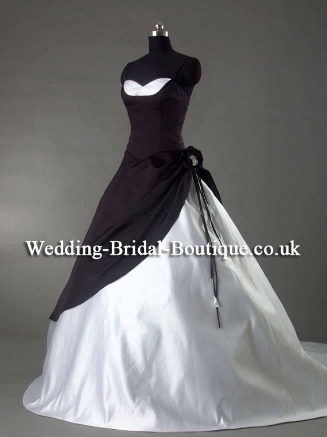 Wedding dresses uk black and white discount wedding dresses for Cheap black and white wedding dresses