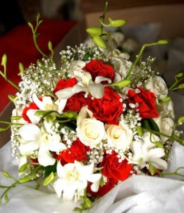 Red And White Wedding Flowers Bridal Bouquets Red And White Pictures 4