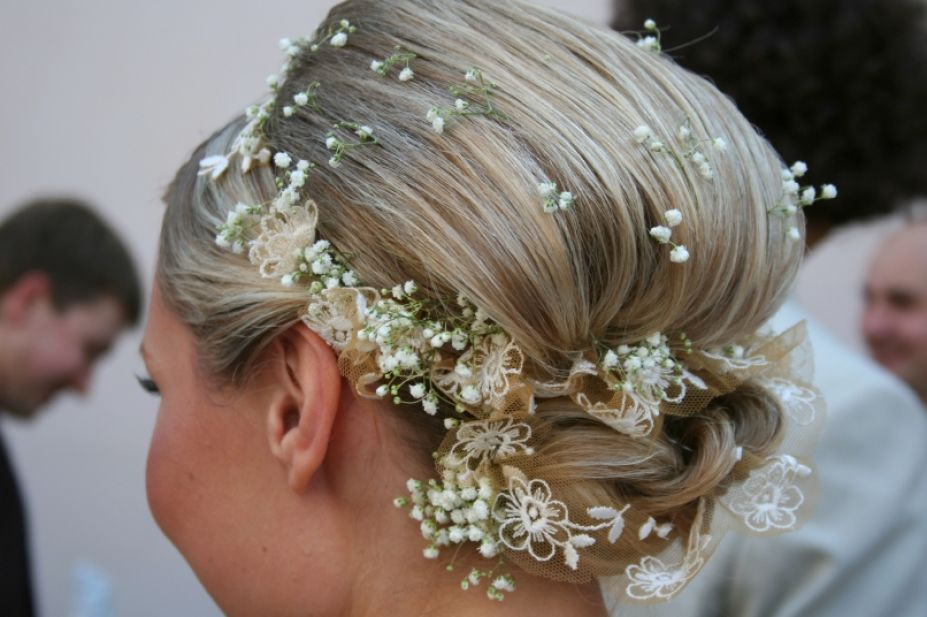 Hairstyles Thinning Hair on Bridal Hairstyles For Thin Hair Pictures 1