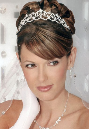 bridal hairstyles with fringe 2