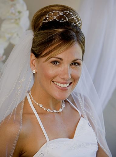 bridal hairstyles with veil 1
