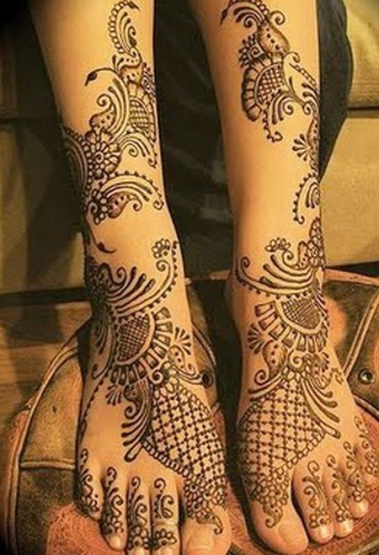 bridal mehndi designs for legs 3