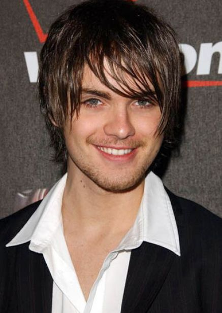Cool hairstyles for boys with medium hair pictures 2