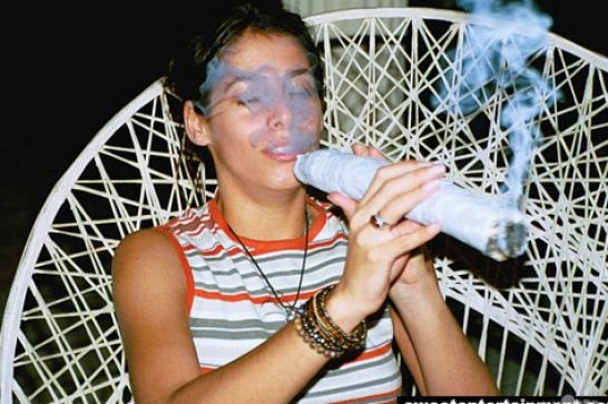 Cool Pictures Of People Smoking Weed 1