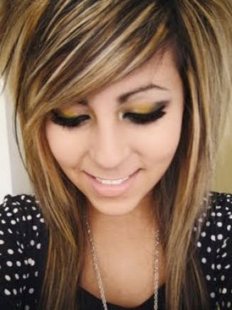 Cute scene hairstyles for girls with medium hair pictures 1