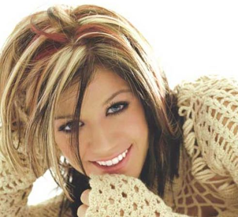 Dark red brown hair with blonde highlights pictures 1