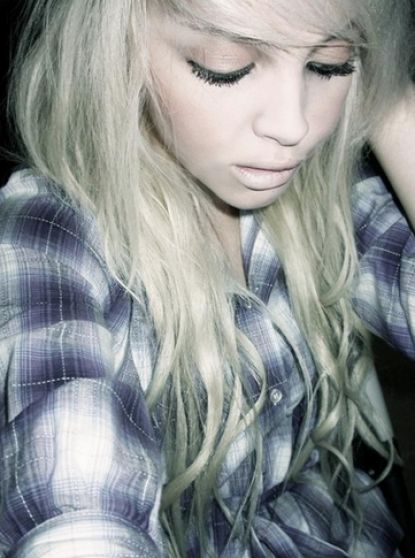 Emo Haircuts For Girls With Long Blonde Hair. Long blonde scene hair for