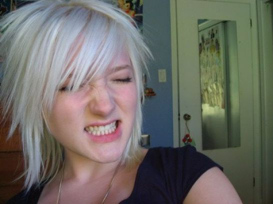 Fivipedoy: Short Emo Hairstyles For Girls 2011
