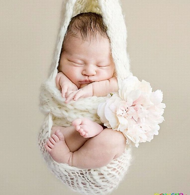 Cute Baby Sleeping Quotes: ModnaRed