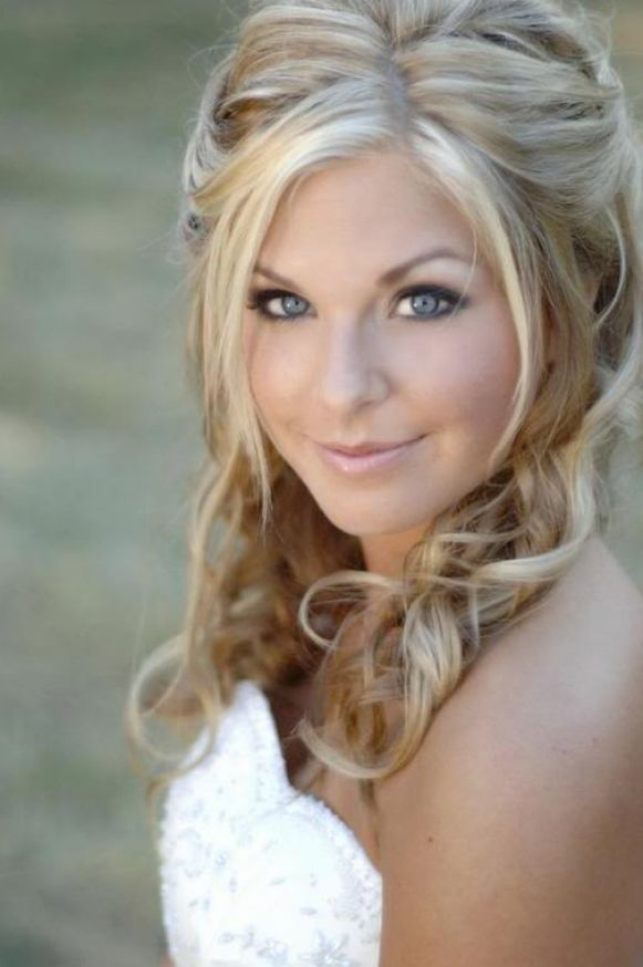 Half up half down wedding hairstyles with tiara pictures 3