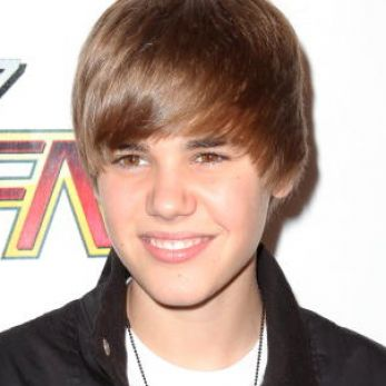 Justin Bieber   on How Old Was Justin Bieber When His Parents Split Pictures 4
