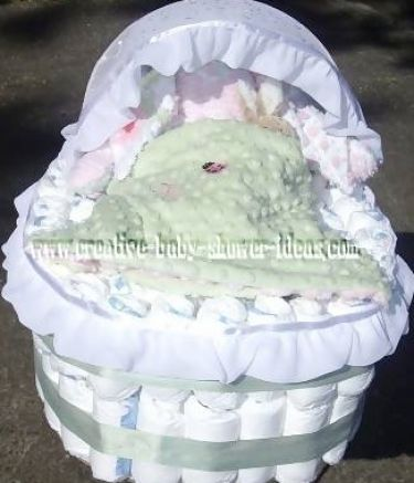 how to make a diaper bassinet cake 3