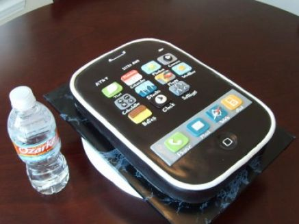 How to make a mobile phone cake pictures 3