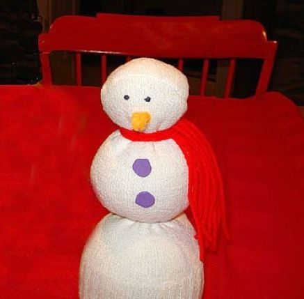 how to make a snowman with socks