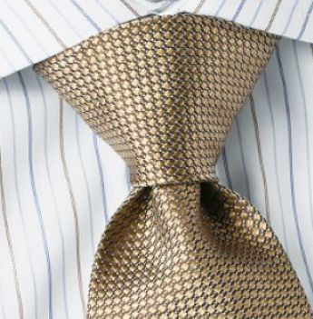 Enjoy to learn step by step colored diagram on how to tie a double windsor