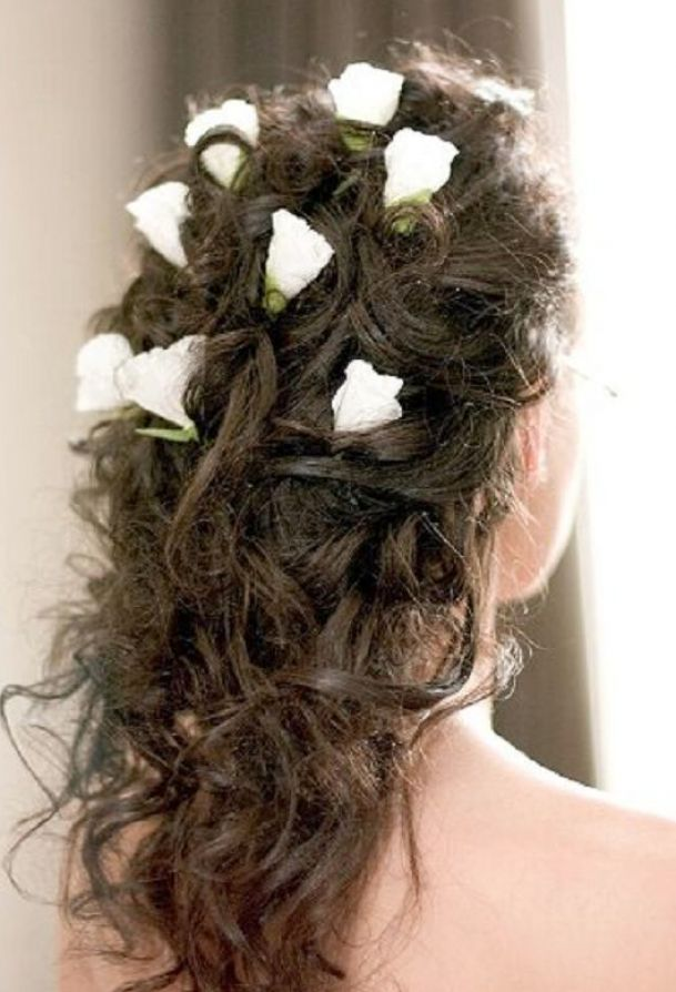 Indian bridal hairstyles for curly hair pictures 3