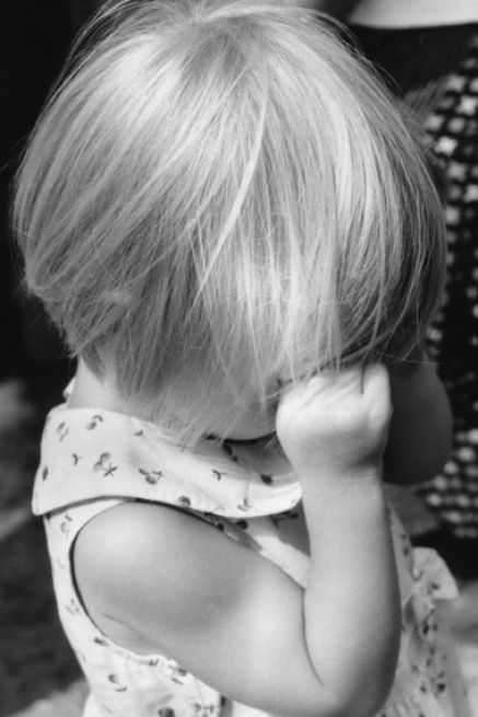 Little girl crying picture pictures 1
