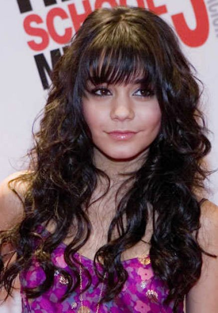 Long curly hair with bangs pictures 1