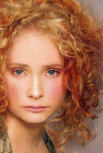 Long curly red hair styles pictures 1