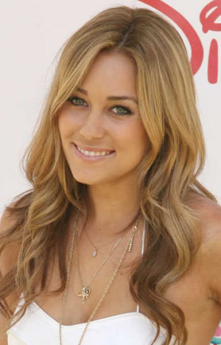 Long wavy blonde hairstyles pictures 1