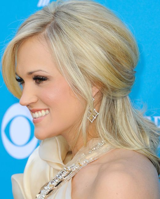 Amazing Carrie Underwood Half Up Half Down 521 x 648 · 52 kB · jpeg