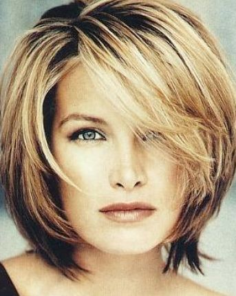 Layered Hair Cuts on Medium Layered Hairstyles With Side Bangs 4 Jpg