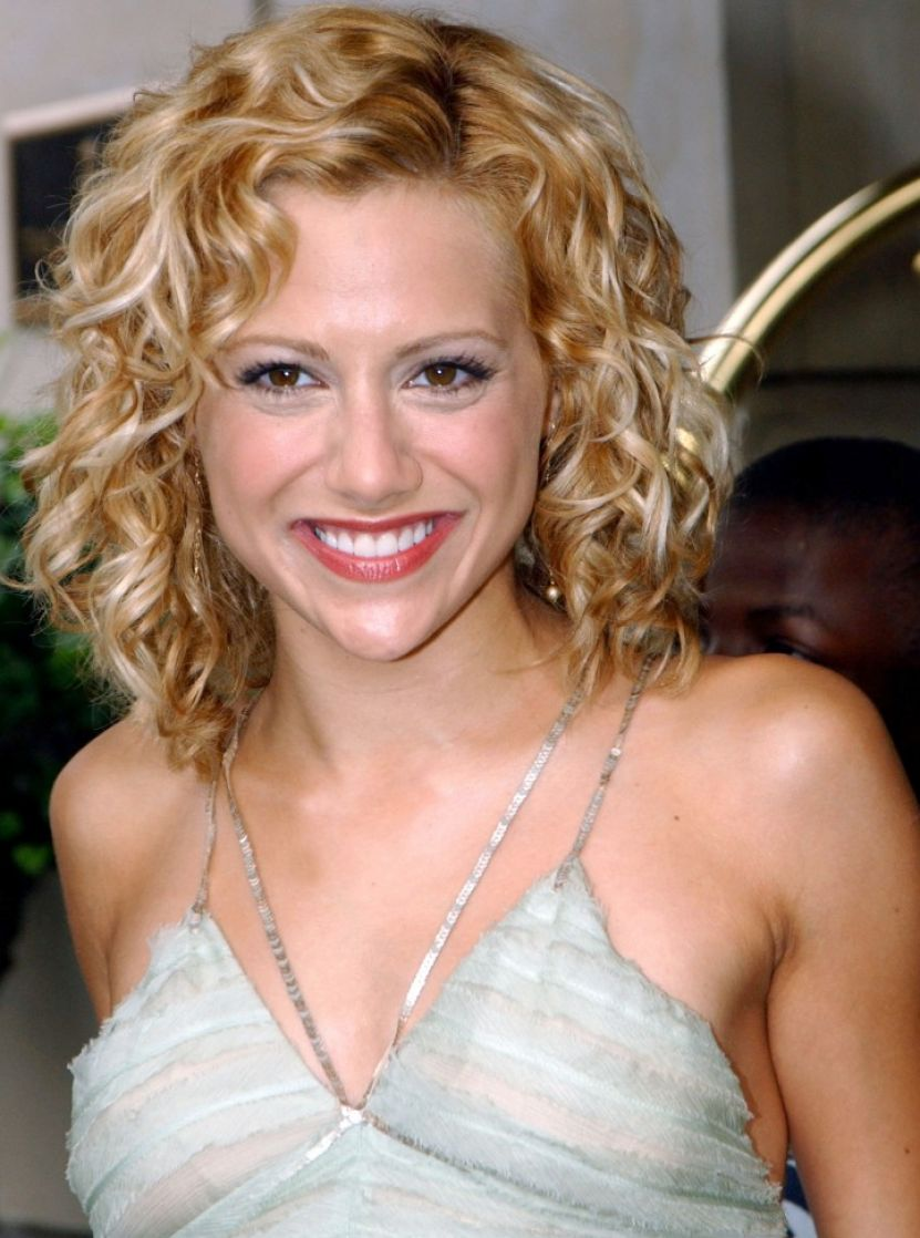 ShoulderLength Curly Hairstyles