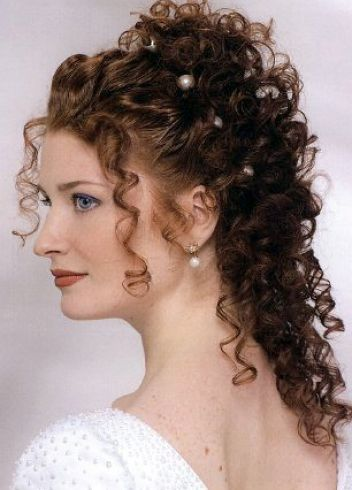 Naturally curly hair wedding styles pictures 1