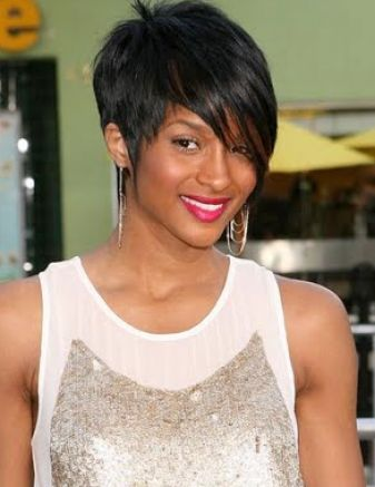 rihanna hairstyles 2011. Trendy hairstyles 2011 new
