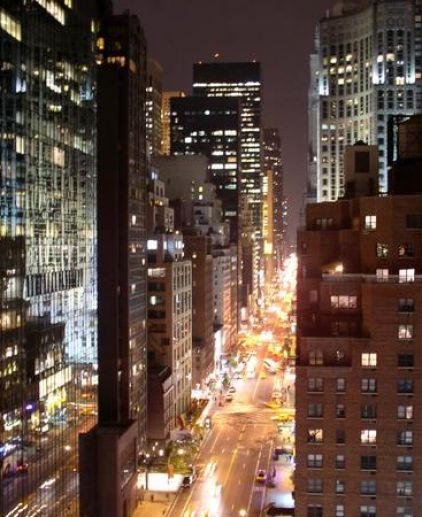 New york city street at night pictures 1