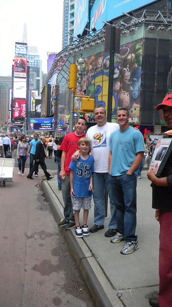 New york city times square daytime pictures 2