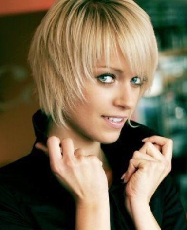 Short Hairstyles For Round Shaped Faces. Square face hairstyles. with a