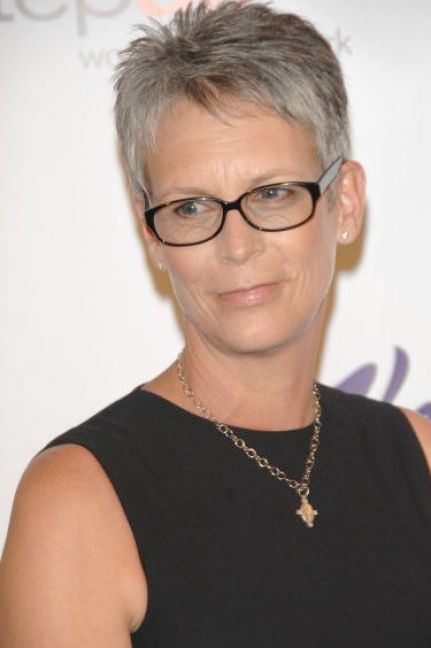 pictures of very short hairstyles for women over 50 3