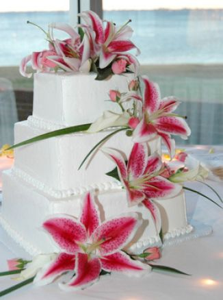 Pictures Of Wedding Cakes With Fresh Flowers Pictures 1