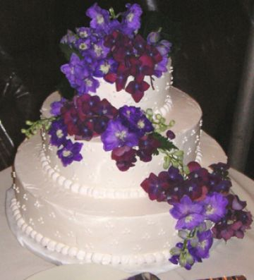 Pictures Of Wedding Cakes With Fresh Flowers Pictures 3