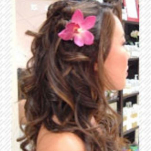 prom hairstyles for medium hair down straight. Down prom hairstyles half up