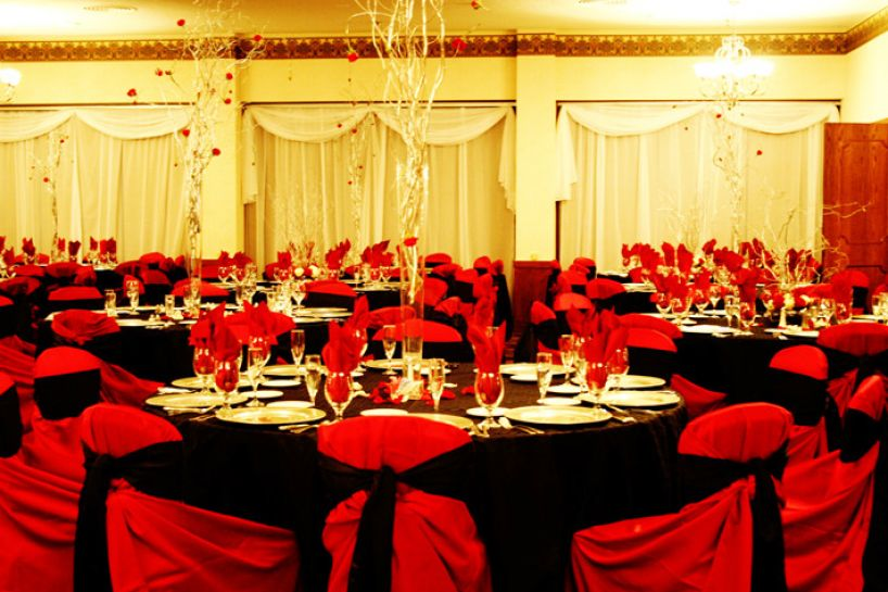 Red Black And White Wedding Decor Pictures 3