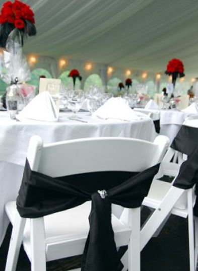 Red black and white wedding reception ideas pictures 2