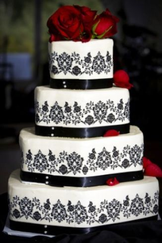 White Bridesmaid on Red Black White Wedding Cake Pictures 2