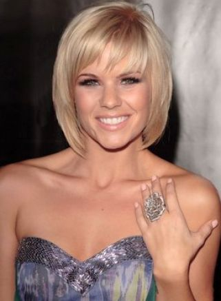 Short layered bob hairstyles with bangs pictures 1