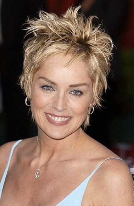 Perfect Short Layered Hair for Women Over 40 426 x 655 · 46 kB · jpeg
