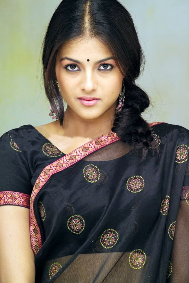 south indian actress without saree 3
