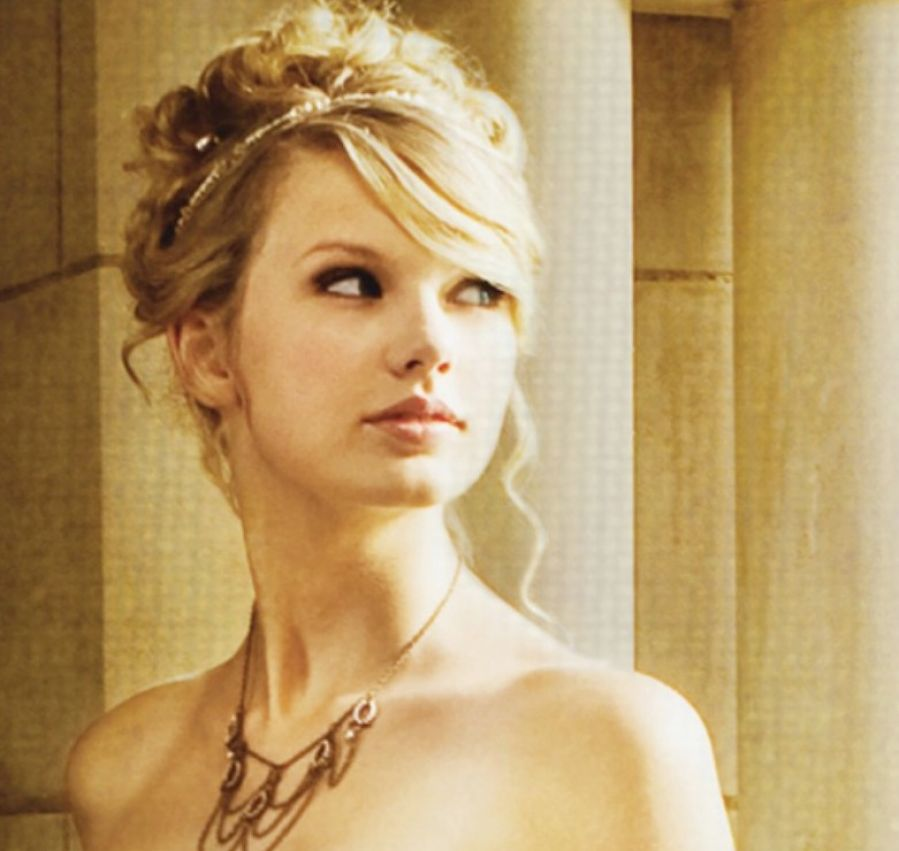 Taylor swift hair in love story music video pictures 3