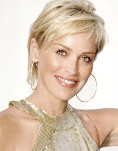 great short hairstyles for women over 40