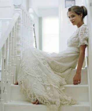 vintage wedding dress with sleeves. Vintage wedding dress with the