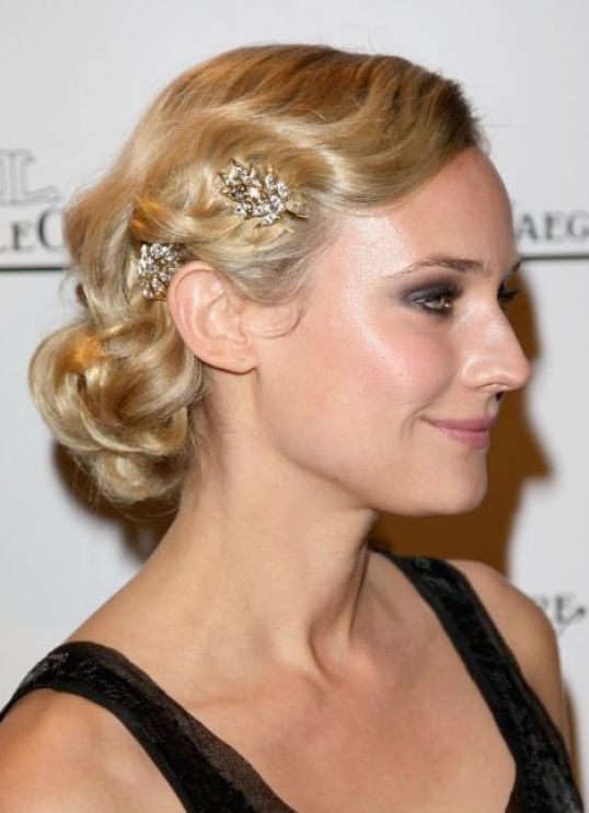 classic wedding hairstyles. classic wedding hairstyle: