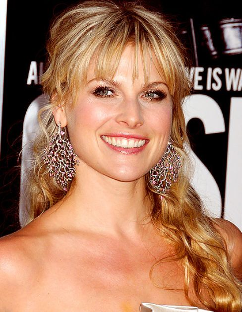 Wedding hairstyles for long hair with bangs pictures 2